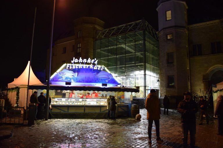 Рождественская ярмарка у музея Шоколада (Hafen-Weihnachtsmarkt am Schokoladenmuseum)